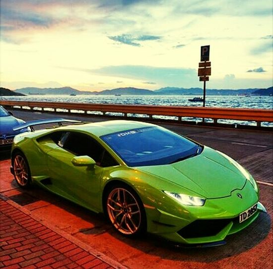 Lamborghini Lamborghini Aventador Beautiful Green Fastcarsgetthebictcheswet