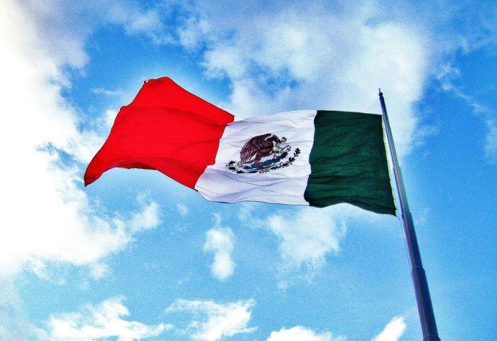 Amo a mi país, Viva Mexico Mexico Bandera Flag Clouds Sky_collection Cielos De México Mexico Orgulloso