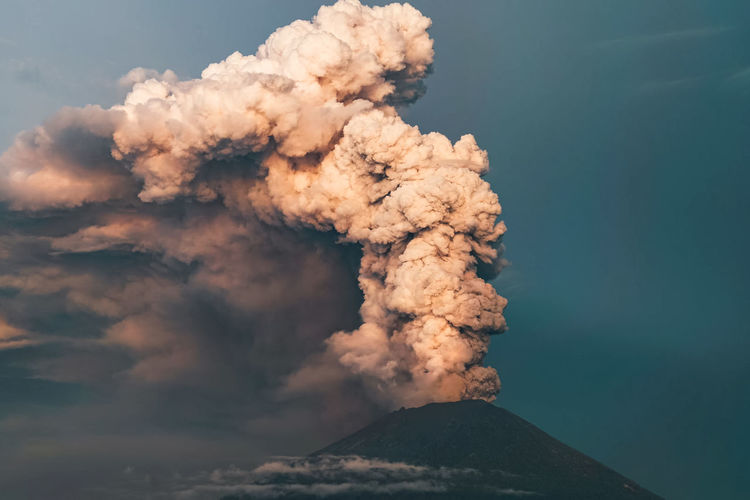 Active Volcano Beauty In Nature Cloud - Sky Day Emitting Erupting Exploding Geology Land Motion Mountain Mountain Peak Nature No People Outdoors Pollution Power Power In Nature Sky Smoke - Physical Structure Volcano Warning Sign