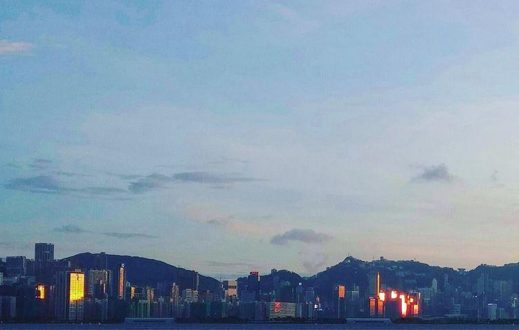 Light forms shape. Light And Shadow Sunset Silhouettes Dusk In The City Duskview Nightfall Nightfall In Harbour HongKong Seaside Town Hong Kong Building Through The Window Hong Kong Skyscraper Hong Kong Skyline Break The Mold