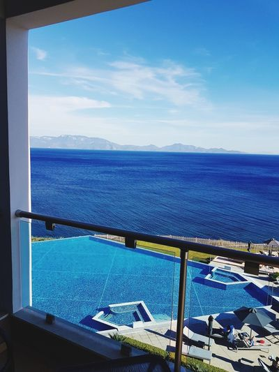 Sea Water Sky Outdoors Day Scenics No People Nature Vacations Blue Horizon Over Water Beauty In Nature Sun Swimming Pool Sunlight Luxury Relaxation Greece Style Samsung Galaxy S7 Edge Foto