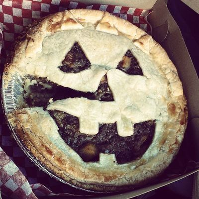Homemade Meat Pie (Meatpie ) with a nice festive touch! Halloween pumpkinface Jack-o-lantern