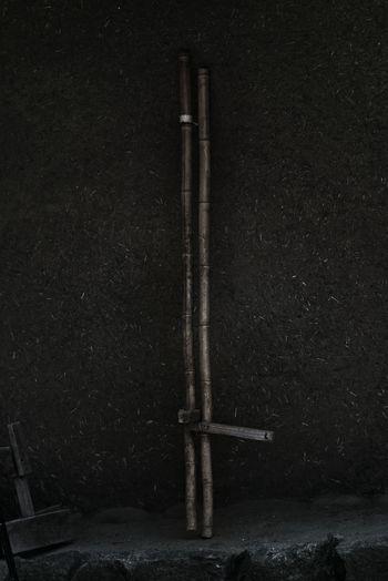 竹の竹馬 竹馬 Takeuma Wooden Stilts Japanese  Bamboo Stilts Textured  Textures and Surfaces Detail Play Equipment Mad Wall Wall Simplicity EyeEm Best Shots EyeEm Best Edits