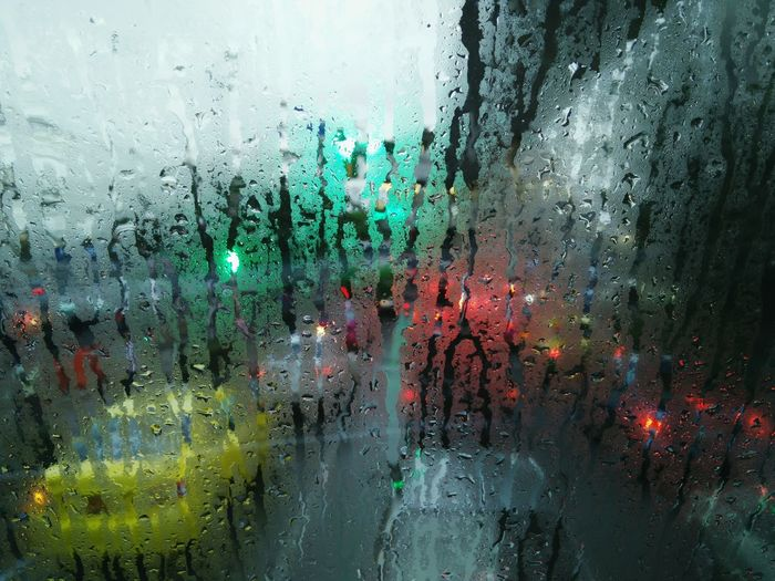 Traffic Signal Junction Car Inside Outdoors View Rainning Rain Raining Wet Pause Transportation Transport Bus Day