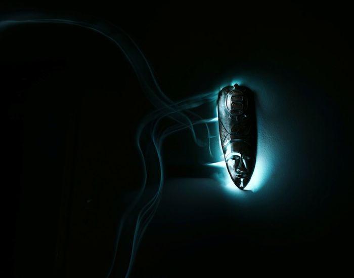 Close-up Lightpainting Shadow Lightpaintingphotography Illuminated Godess Saturdaynight Secret Spirituality Mystery Mask Light Painting Lightpainting_photography Lightpainting Long Exposure EyeEmNewHere NoEditNoFilter Mobilephotography