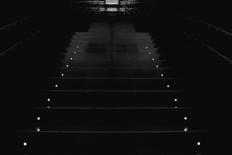Blackandwhite Photography Black And White EyeEm Best Shots - Black + White Stairs Subway Subway Station Subwayphotography Suburban Metro Station Metrostation Metro Photo Darkness And Light Dark Dark Photography Dark Art Light Station Light Stairs Symmetry Symmetrical Tunnel Vision Tunnel View Light In The Darkness Symmetry Art Terror Fear