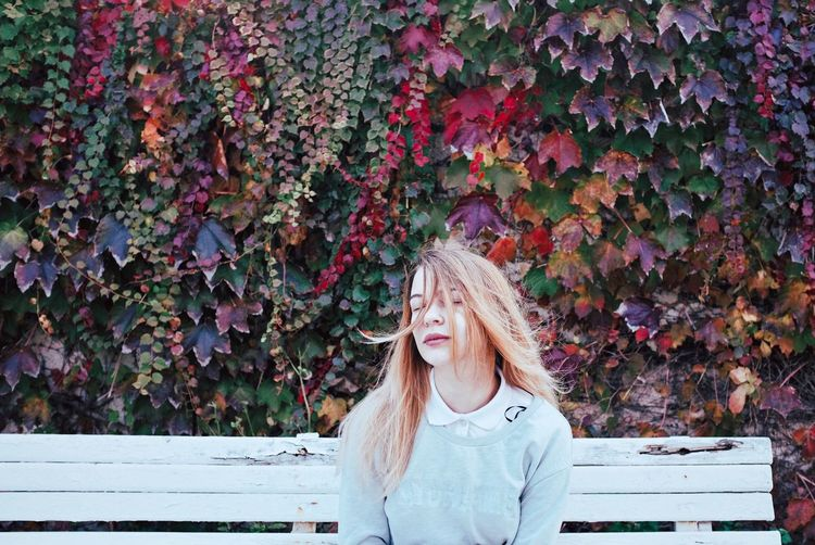 FujiX100T Fujifilm_xseries Outdoors Autumn Autumn Colors Autumn Leaves Portrait Portrait Of A Woman Portrait Of A Friend Portraits Portrait Photography PortraitPhotography Girl Beauty In Nature Beauty Blond Hair VSCO Autumn Eyes Closed  Long Hair Blonde The Portraitist - 2017 EyeEm Awards This Is Natural Beauty Autumn Mood