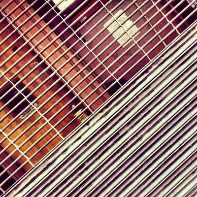 Here's another edit of a previous shot I didn't post. I think it's much better in some way. Linegasm Bleecker Constructivism Constructivist Scrollflicker Abstractporn Gridporn Linedesire NYC Tapbackandforth Abstract Cheaplsdtrip Minimalism Abstractparts Shop Scrollpulse Pattern Closed Metal Abstractart