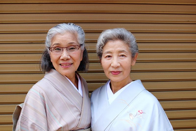 [ Oba-chan ] What an incredible encounter in the streets of Kyoto.Two charmant old grandmothers who values a lot the Japanese traditions. Had a pleasant talk with those two for 10 to 15 minutes. Asian  Asian Culture Clothes Duo Grandmother Grey Hair Happiness Japan Japanese  Japanese Culture Japanese People Lifestyles Portrait Portrait Of A Woman Portrait Photography Smiling Street Portrait Streetphotography Tradition Traditional Traditional Clothing Traditional Culture People Together Friends