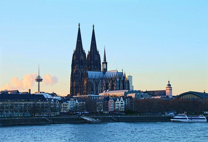 Ladyphotographerofthemonth Showcase: January Cologne Colognecathedral Skyline City Cityscapes Skyporn Discover Your City I Love My City Cityscape Cathedral Cologne Cathedral Churchporn Historical Building City View  City Skyline City Landscape Cityview Cityworldwide