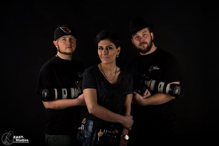 Hola! Here are a selfie from us at EAST-Studios www.eaststudios.org Check This Out Studio Shot Studio Life Selfie Canon Elinchrom Quadra Enjoying Life Toglife Be Bad With Us EyeEm Best Shots Canon Sweden Studio Makeup Opening Soon Photo Life Hello World Portait