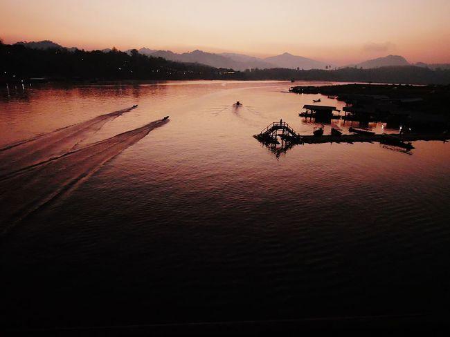 Early morning @ Sangkla