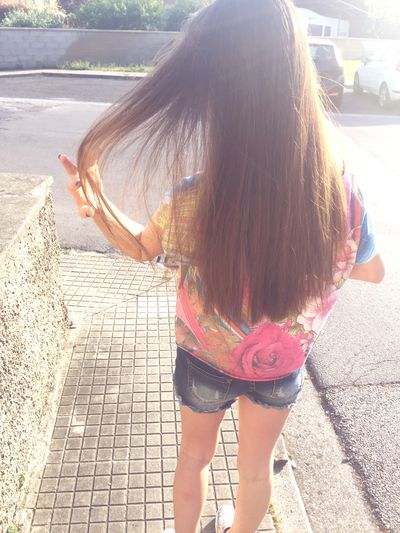 New hair's color! 😍 That's Me Today's Hot Look Photos Street Like Hair New Girls Girl IPhone Selfie ✌ Picture Style Hairstyle Model Enjoying Life Taking Photos Colors Sunset Brown Blonde Body & Fitness Photo Outfit Cool
