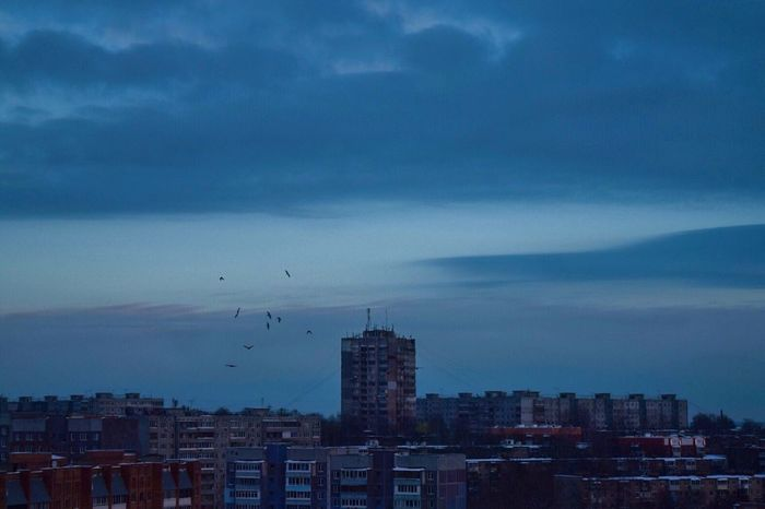 Architecture Sky City Cloud - Sky No People Urban Skyline Sunset Nature Atmospheric Mood Atmosphere From The Rooftop Roof атмосфера крыша с крыши Руфинг небо Birds птицы