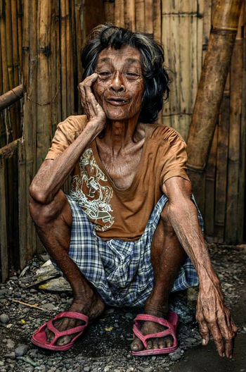 Lacerna Outdoors Lifestyles Front View Person Streetphotography Portrait Of A Woman Portraits Oldies Candid Photography Candid Candidshot First Eyeem Photo
