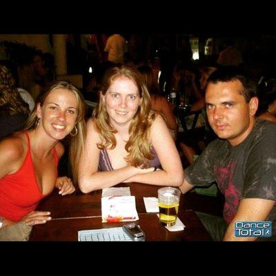 Há 9 anos, quando saí de Floripa e fui recebida em Sampa por esse casal de primos que eu amo tanto! Emuitoamor Saudade Gratidao FamíliaWenzel