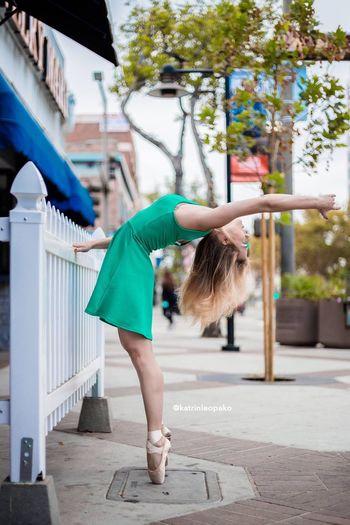 Dancer Dance Street Photography Ballet Girl Pointe Shoes Losangeles