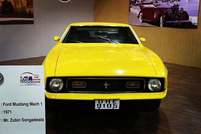 1971 Vintage Ford Mustang Mach 1 @ford Oyemyclick Vintage Autoexpo2016 Vintagecar Musclecar Picoftheday Photooftheday