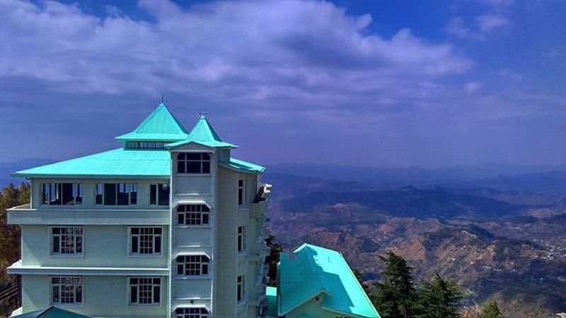 Amazing place to live with this view Shimla Shivalik Simla Himachalpradesh India Indianhimalayas Capital HP IGDaily Instadaily Picoftheday Xiomi Redmi Follow4follow Instalike Likeforlike HDR Fortress Hugehome House Awesome View Chakkar Ankitdogra button