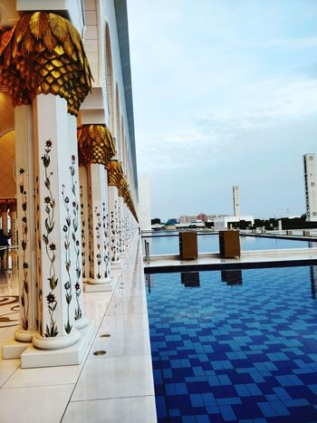 Mosque UAE Grand White Luxury Hotel Water Swimming Pool Luxury Sea Travel Destinations Architecture Tourist Resort No People Day Vacations Tranquility Scenics Outdoors Sky Nature