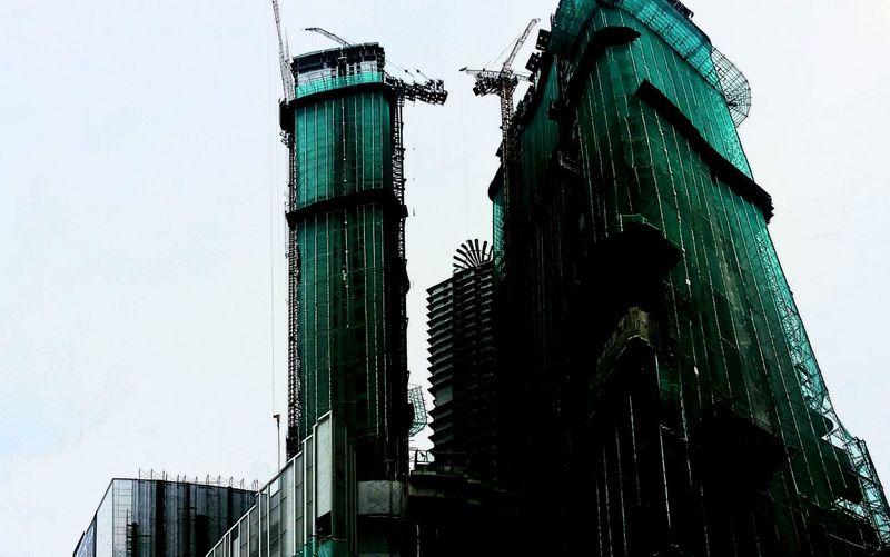 Buildings & Sky Built Structure Skyscraper Architecture