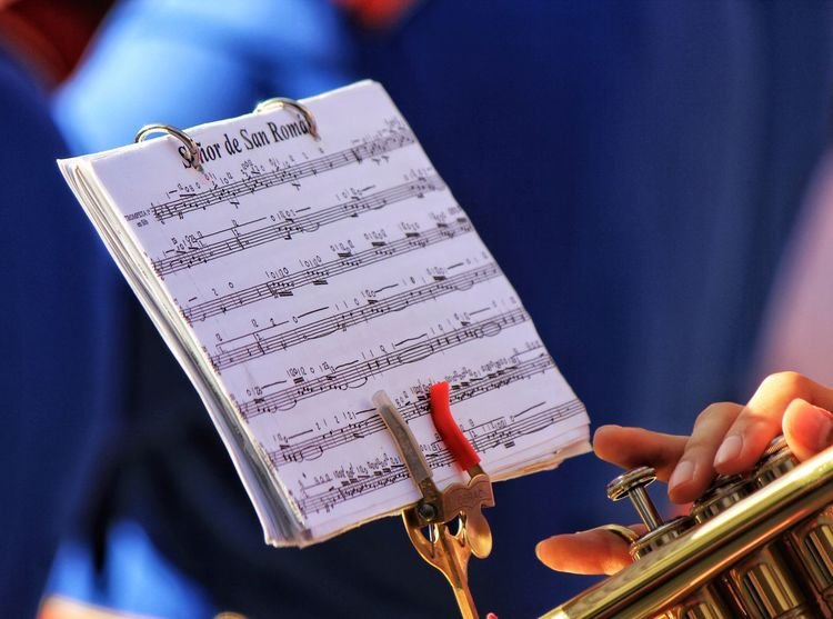 Music Musical Instrument Arts Culture And Entertainment Sheet Music Musician Performance Human Hand Musical Note Human Body Part Close-up Playing Classical Music Easter Easter Parade Easter In Spain Brass Band Brassband Brass Instruments Brass Instrument  Sheet Music, Sheets, Music, Chores, Chorus, Song, Songs, Piano, Artist, Musician, Belgium, Europe, World Music, Sing, Singing, No People, Spare Time, Indoor, Playing Instruments Trumpet Trumpet Player Easter 2017 San Roque
