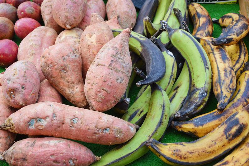 France Lyon Croix Rousse No People Sweet Potato Banana Green Bananas Backgrounds Full Frame Market Close-up Raw Potato Farmer Market Banana Peel