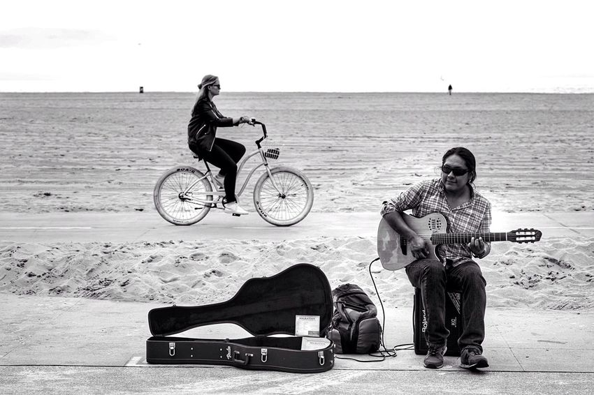 Folk People Photography Hanging Out Venice Beach Boardwalk Streetphotography People Watching Street Photography Streetphoto_bw Blackandwhite Black And White Blackandwhite Photography Musician Music Is My Life Street Musicians Music Outdoor Photography Guitar Guitarist Musical Instrument