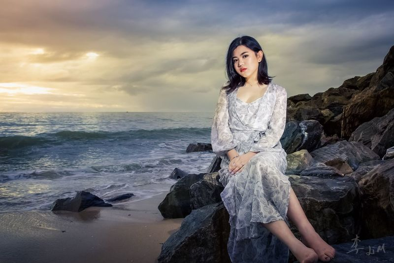 EyeEm Selects Sea Sky Horizon Over Water Cloud - Sky One Person Rock - Object Real People Standing Beach Nature Beautiful Woman Young Adult Outdoors Young Women Looking At Camera Water Scenics Lifestyles Asian Girl Girl Night Portrait Pride Li And Me Photography Studio Adelaide