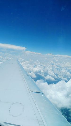 Soar Clouds Airplane Window View Driodturbo2 Airplane Wing Clouds Clouds And Sky Clouldlovers Elevated Flying High