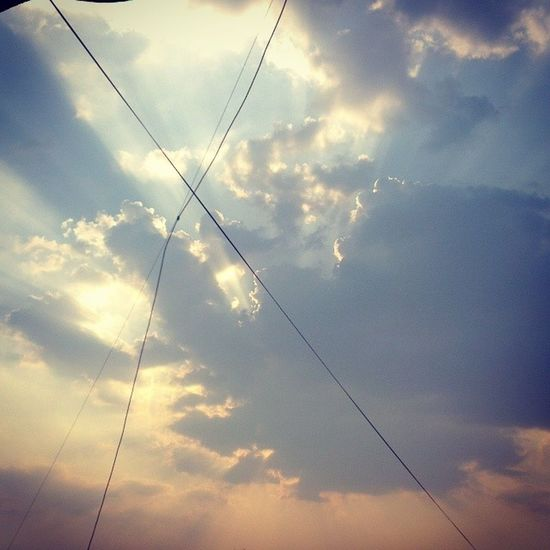Take a short nap and wake up to this! Wish I'dve photoshopped the damn wires! 100happydays Day6 Presunset Rayofhope sunshine wakeup