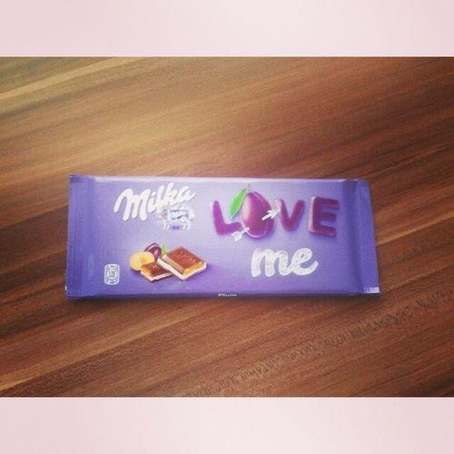 Love Me Milka Ich liebemilkamňaamsundaysuntomorrowschoolno!
