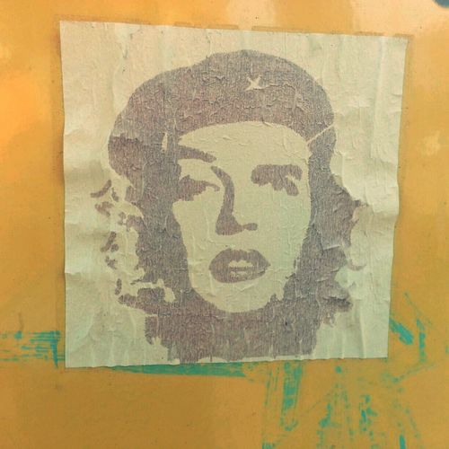 seen this sticker on the side of a news stand. Che Guevara Marilyn Monroe Communism Capitalism