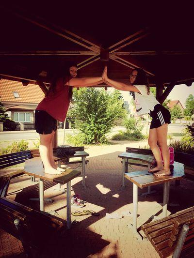 unsere Freundschaft ist wie eine Brücke sie hält für alle Zeiten <333 auf jeden fall hält unsere freundschaft für immer Taking Photos