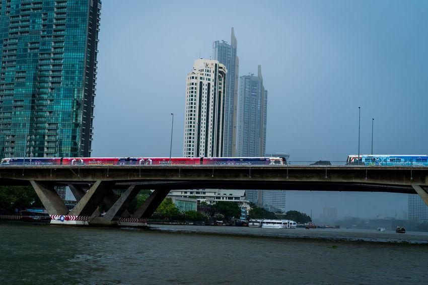 The train crosses the Chao Phraya River.