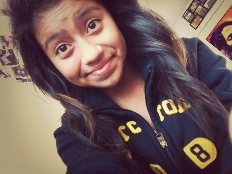 "EEP! Paul gave me his sweater and said ""You'll cute in it, wear it tomorrow""! c:"