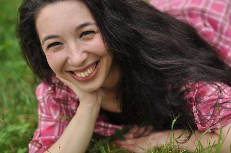 Close-up portrait of woman smiling