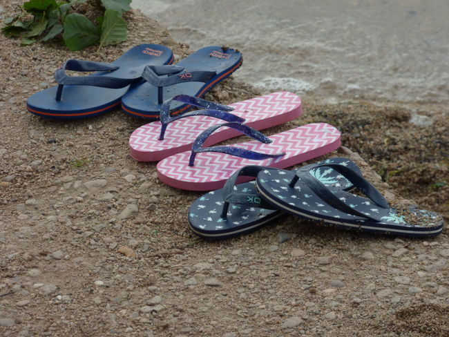 Beach Fashion Old-fashioned Plage Sand Sandal Shoe Things That Go Together Tong Vacances