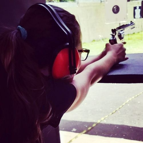 Litlle Girl My Litlle Girl Shouting Revolver Smith & Wesson 327 TRR8