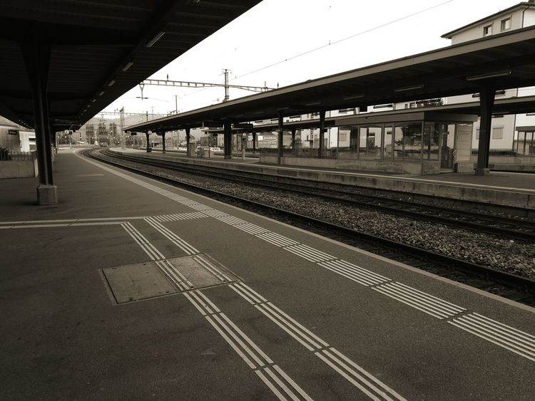Railroad Track Transportation Rail Transportation Railroad Station Connection Train - Vehicle Public Transportation Travel Bridge - Man Made Structure Built Structure Railroad Station Platform Architecture No People Day Architectural Column Outdoors Sky City Connected By Travel