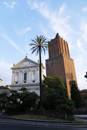 Blue Sky Historical Building Holiday Italy Palm Tree Romantic City Rome Tourist Attraction  Vacation White Clouds
