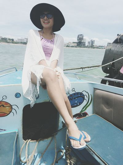 Kholarn Pattaya Thailand Relaxing My Holiday  Enjoying Life I Am Ply