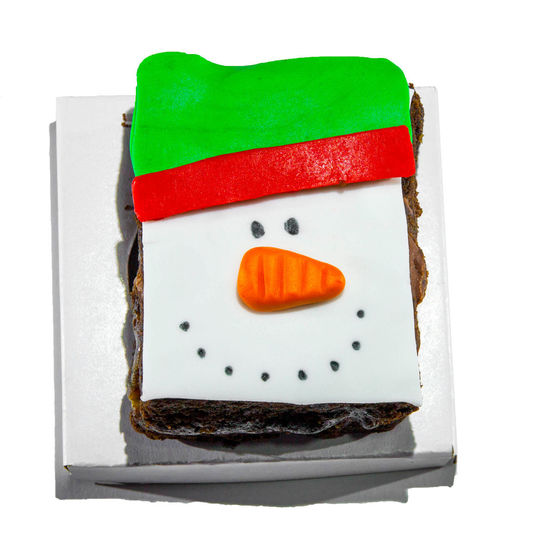 Christmas cakes Xmas Close-up Day Food Food And Drink Freshness Gurmet Indoors  No People Ready-to-eat Snowman Studio Shot White Background
