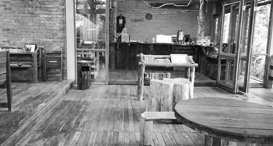 EyeEmNewHere Hipster Cafe Relaxing Atmosphere  Rural Lifestyle Summer In The City Chair Escape From The City Flooring Furniture Hipster Indoors  Interior Design Janda Baik Rural Life Seat Table Timber Flooring Village Life Weekend Getaway Wood - Material Wood Cabin Wood Structure Wooden Furniture