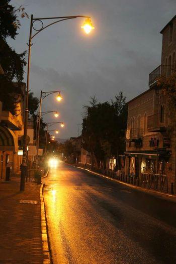 Jerusalem Hamoshava Ha Germanit 4:00am Waiting At Bus Stop Rafael Village Big Bag Ways Hello World