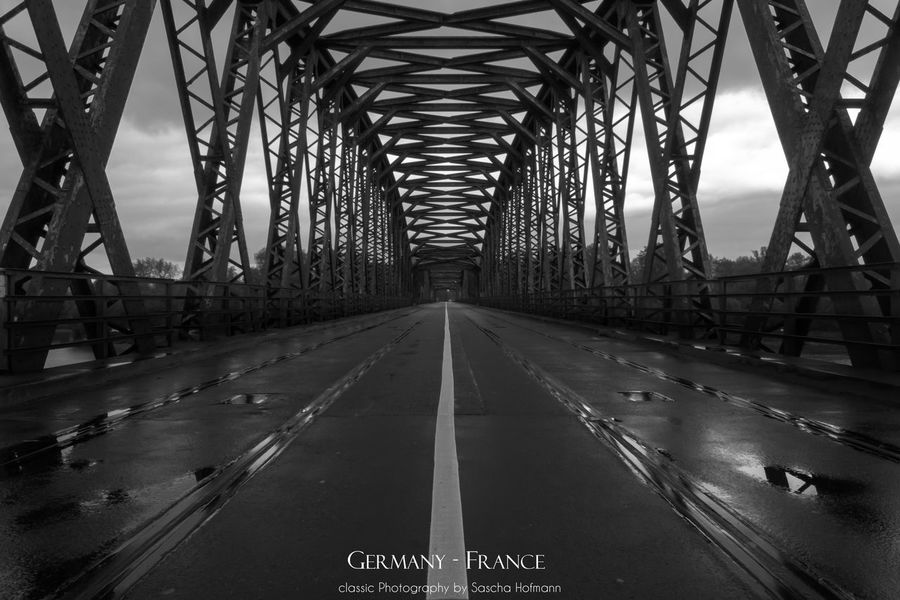 Architecture Bridge Bridge - Man Made Structure Built Structure Connection Covered Bridge Day Diminishing Perspective No People Outdoors Road The Way Forward Transportation EyeEmNewHere Black And White Friday