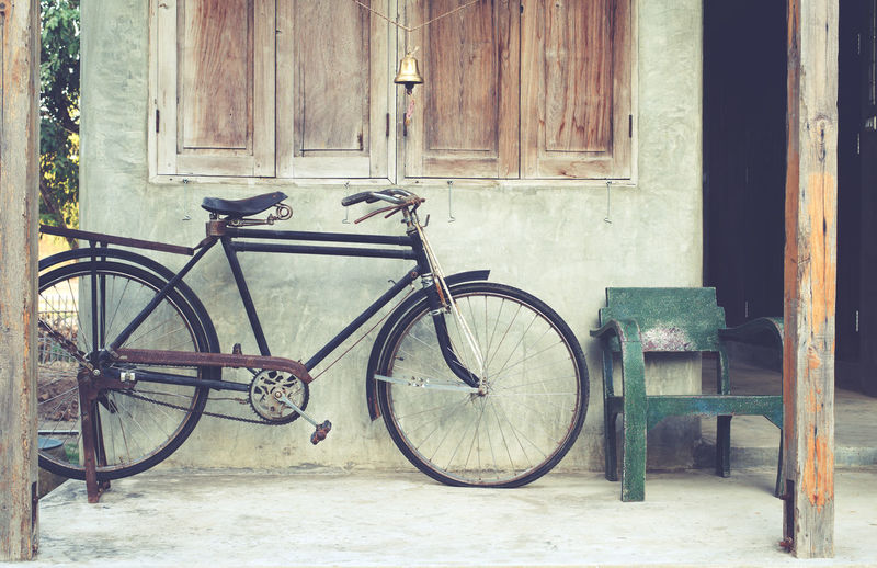 Vintage bicycle in coffee house, retro instagram effect Bicycle Transportation Built Structure Building Exterior Window House Building No People Old Outdoors Wheel Wood - Material Bike Old-fashioned Classic Rustic Style Home Vintage Transportation