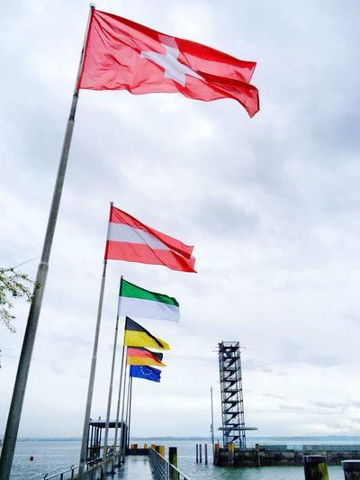 Flaggen ( Schweiz , Österreich ) in Friedrichshafen Am Bodensee I Flags ( Switzerland , Austria ) in Friedrichshafen Lake Constance