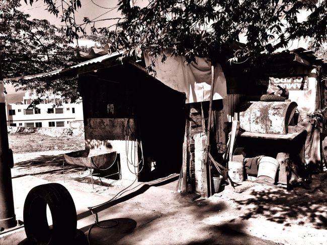 La talacha Streetphotography IPhoneography Blackandwhite Monochrome Urban@ndante