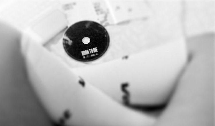 Black And White IndieMusic Lana Del Rey Born To Die